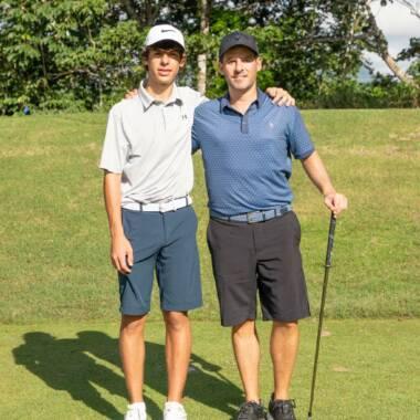Warren Bonilla, golfista nacional que triunfa en Panamá junto a sus hijos