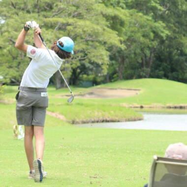 ¿Es posible perder peso jugando al golf?