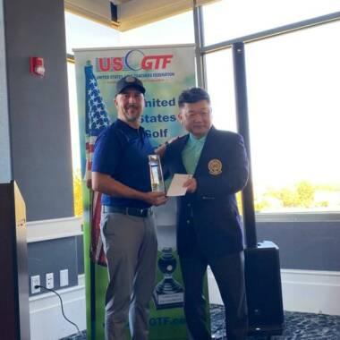El golfista costarricense Alejandro Duque se coronó campeón en Estados Unidos